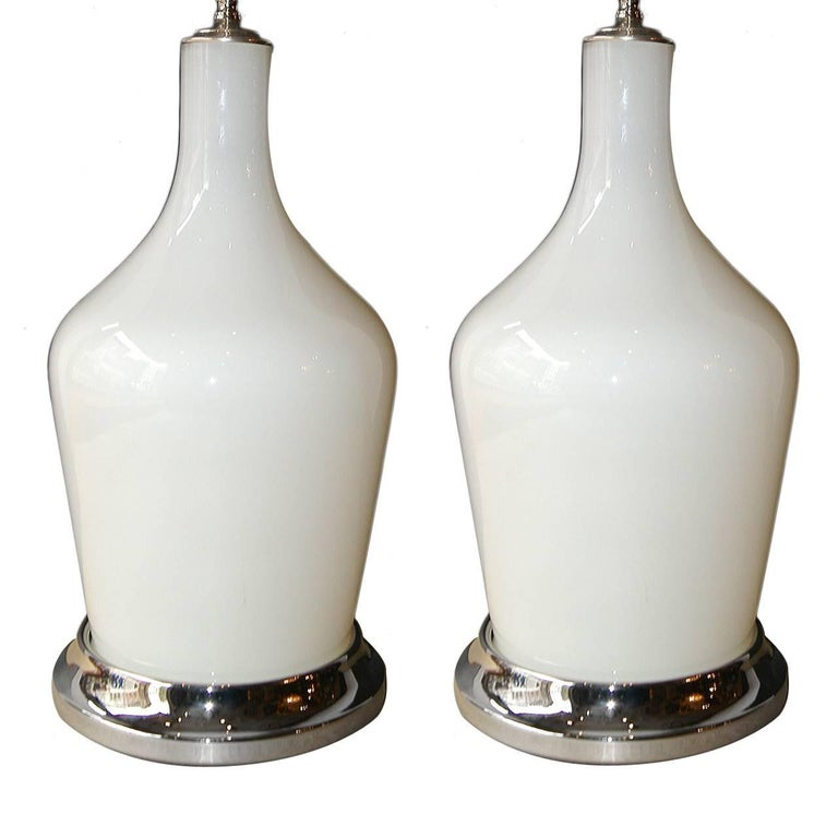 Moderne Opaline Glass Lamps For Sale