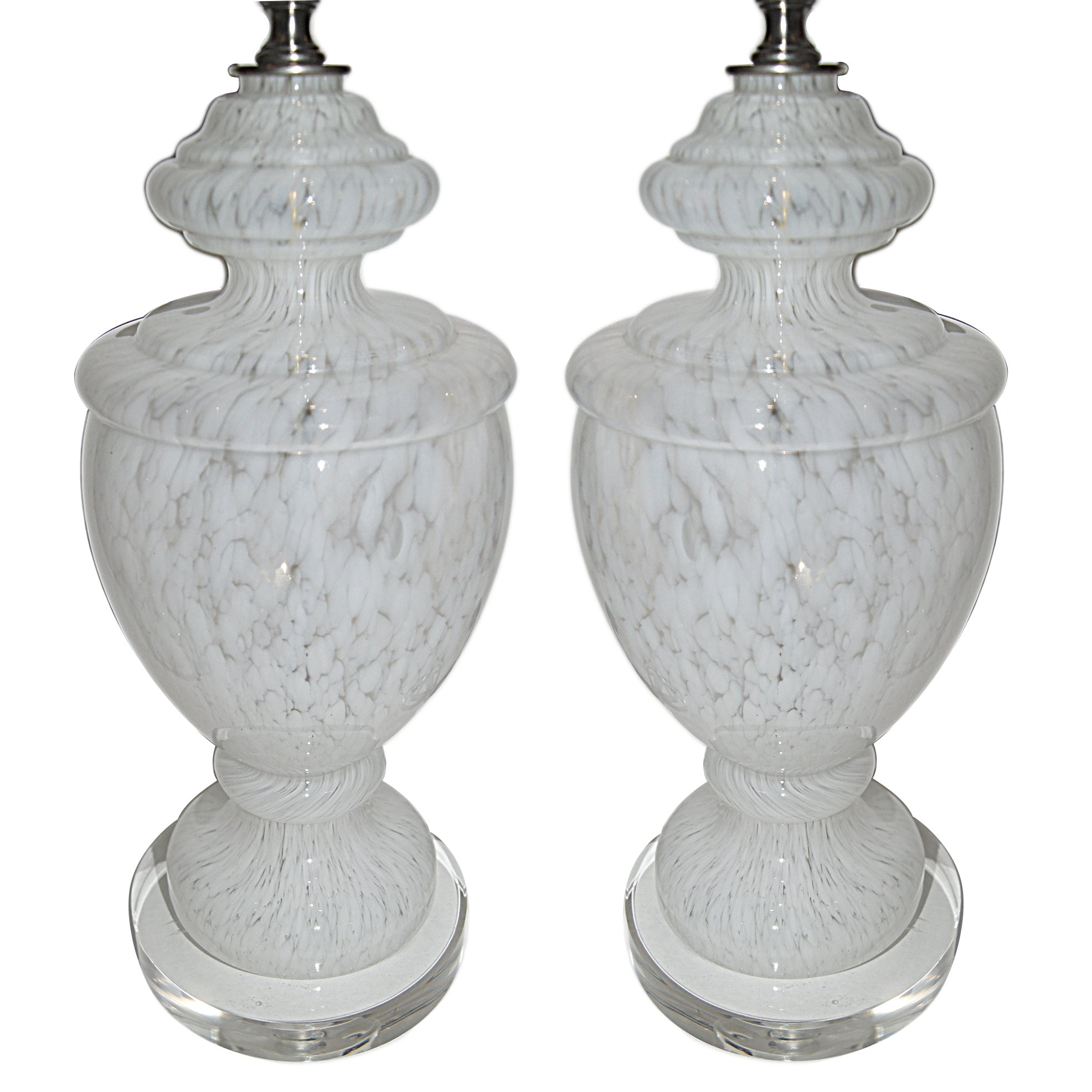 Moderne White Blow Glass Murano Lamps