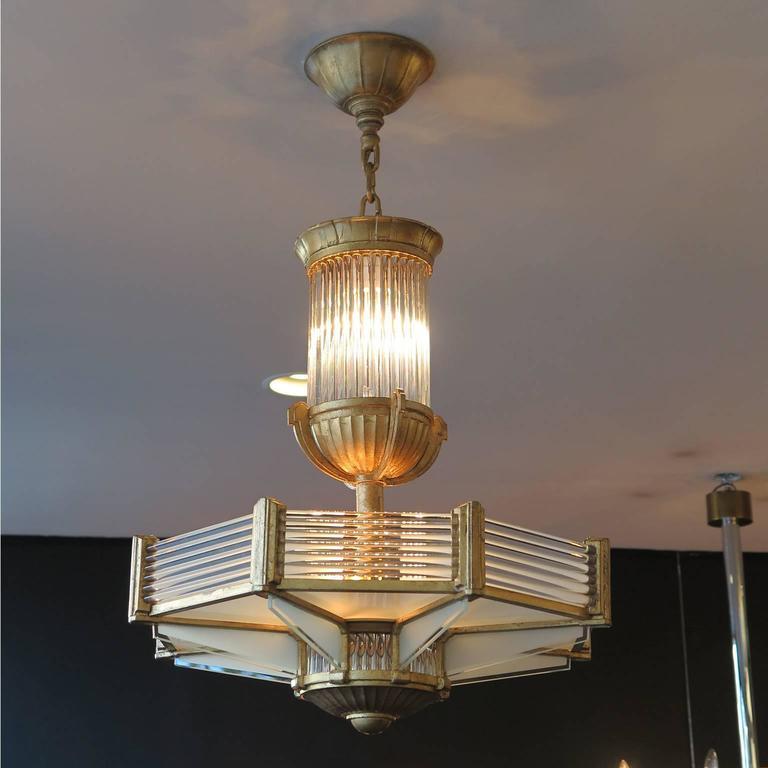 Important octagonal chandelier by Establissements Petitot, titled