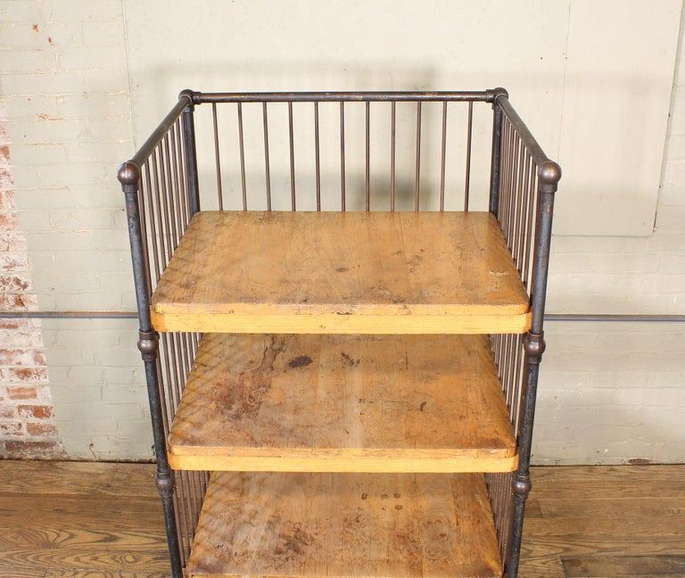 Vintage Industrial Cart - Printers Bindery Rolling Bar Storage In Distressed Condition For Sale In Oakville, CT