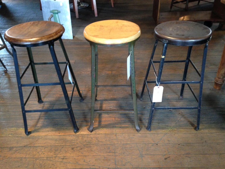 Industrial Harvest Island, Coffeetable, Stools and Shipping for Pao-Kuei - Lily For Sale