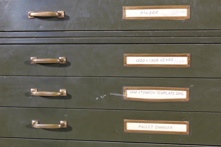 Vintage Army Green Steel Flat File Map and Blueprint Cabinet by Steel Age For Sale 1