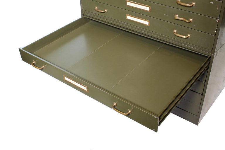 Vintage Army Green Steel Flat File Map and Blueprint Cabinet by Steel Age For Sale 4