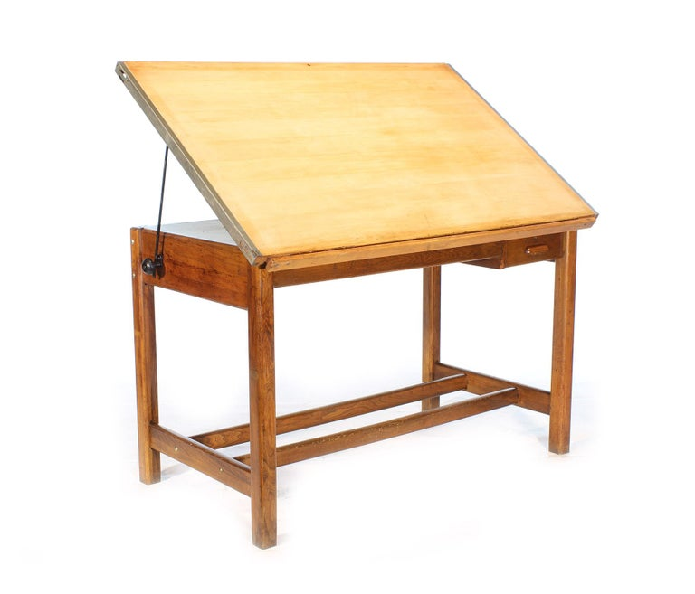 Vintage oak draftsman's desk or table. Authentic Hamilton adjustable tilt-top with blueprint and pencil drawers. Measures: 60