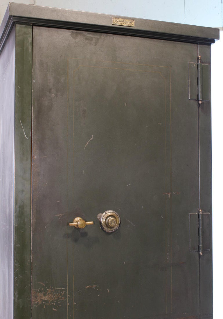 Vintage Steel Safe-Cabinet Co. Safe For Sale 1