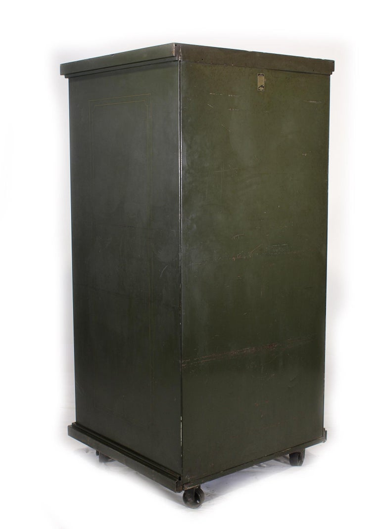 20th Century Vintage Steel Safe-Cabinet Co. Safe For Sale