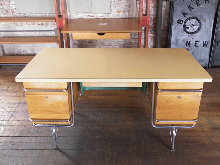 20th Century Heywood-Wakefield Desk, 1950s Mid-Century Modern Trimline Chrome and Wood For Sale