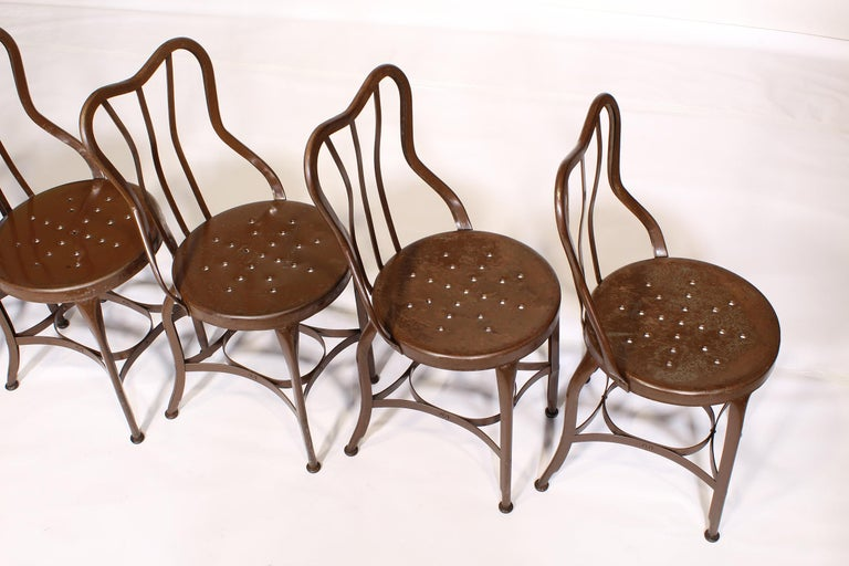 Set of 5 Antique Metal Cafe Chairs by Toledo In Distressed Condition For Sale In Oakville, CT