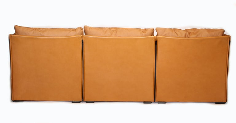 Mario Bellini Tilbury Three-Seat Leather Sofa or Couch For Sale 1