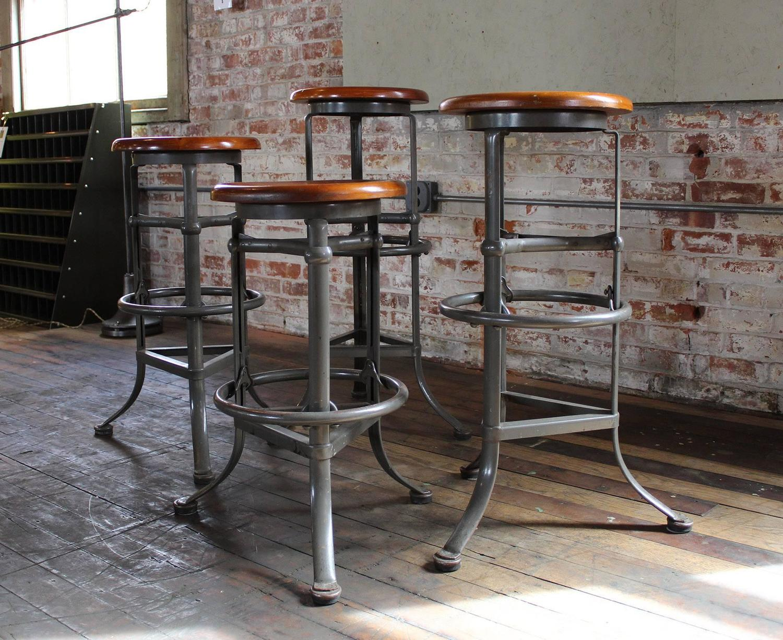 Set of Four quotRite Hitequot Automatic Adjustable Vintage  : vintageindustrialbarstoolssetof4adjustablewoodmetal8z from www.1stdibs.com size 1500 x 1225 jpeg 265kB