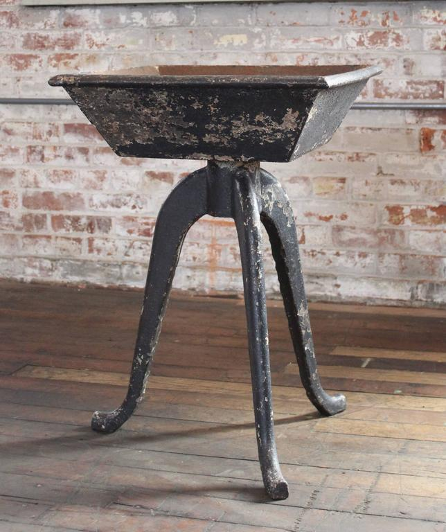Rustic Vintage Industrial Cast Iron Planter, Stand Table Art In Distressed Condition For Sale In Oakville, CT