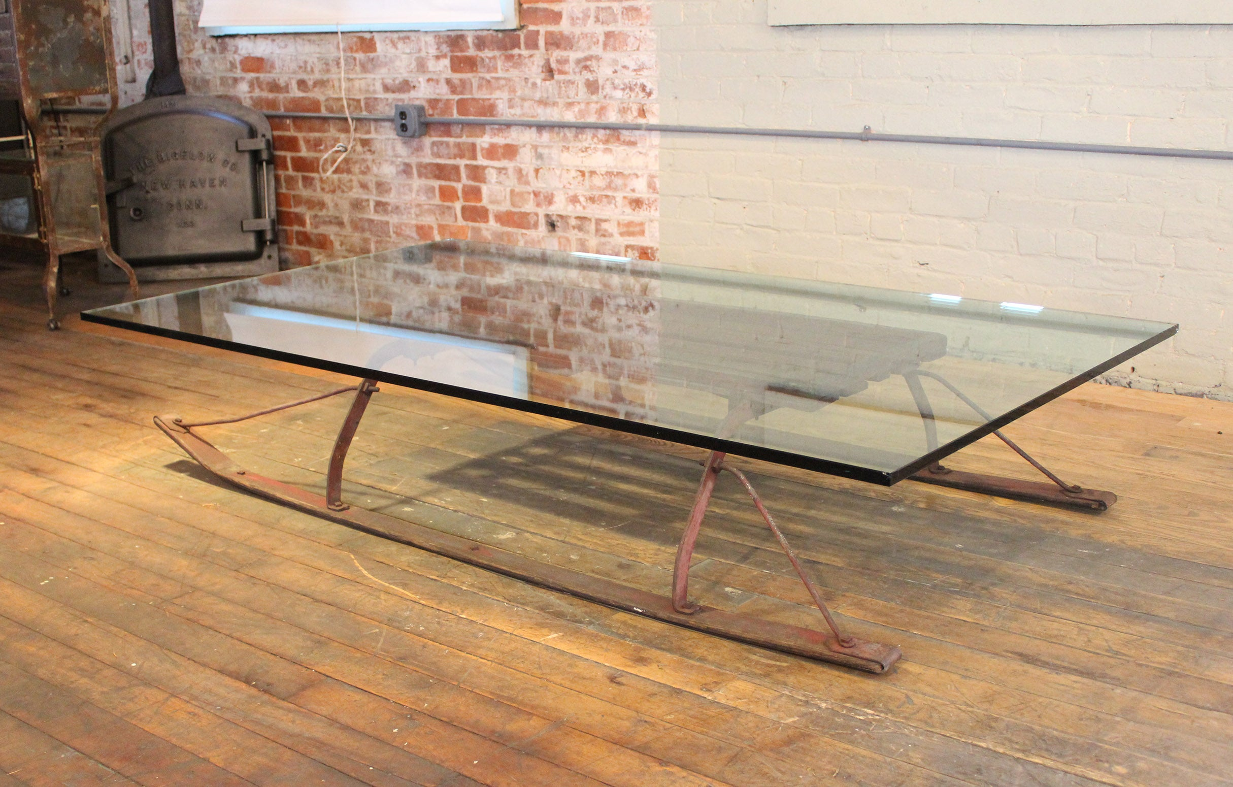 Charmant Coffee Table Vintage Industrial Wood And Glass Sled