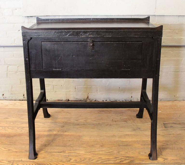 """Vintage Industrial Wood & Cast Iron Printers Proof Table Stand """"New York"""" 2"""