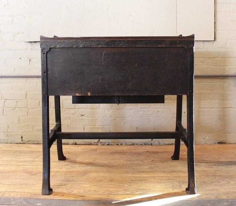 """Vintage Industrial Wood & Cast Iron Printers Proof Table Stand """"New York"""" 6"""