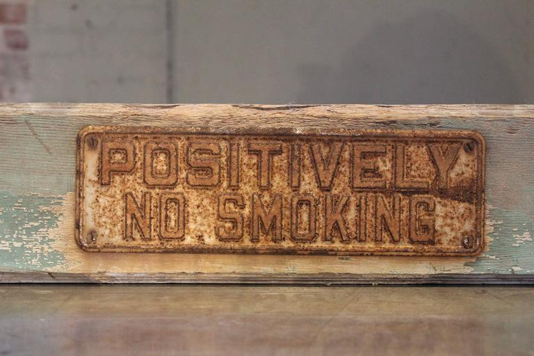 American POSITIVELY NO SMOKING Vintage Metal Sign on Painted Wood Block For Sale