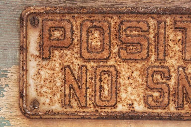 20th Century POSITIVELY NO SMOKING Vintage Metal Sign on Painted Wood Block For Sale