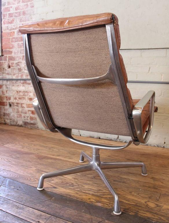 vintage herman miller eames aluminium group soft pad lounge chair at
