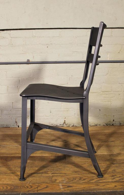 Vintage Toledo Steel Side Chairs Set of Four Refinished Modern Dining In Good Condition For Sale In Oakville, CT