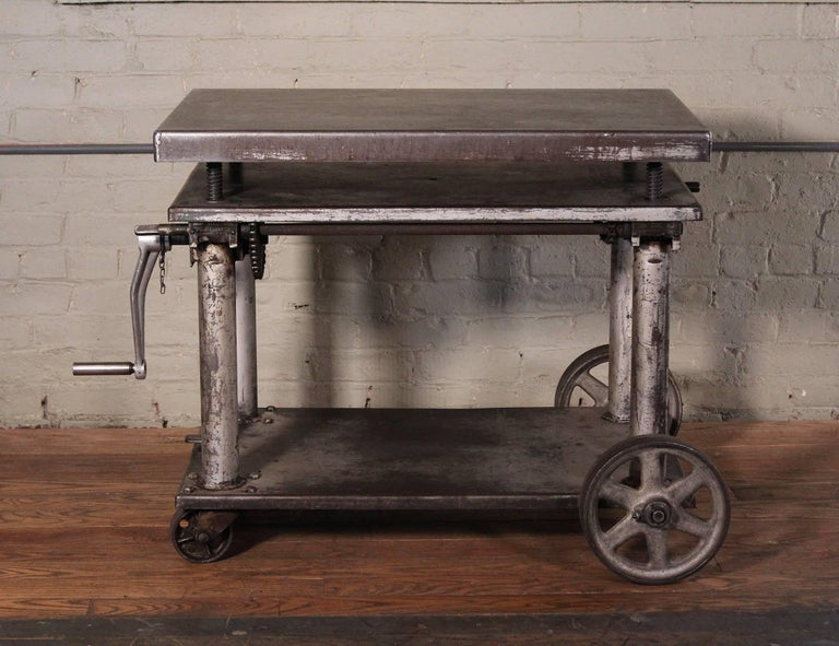 table vintage rallong pied metal sammlung von design zeichnungen als. Black Bedroom Furniture Sets. Home Design Ideas