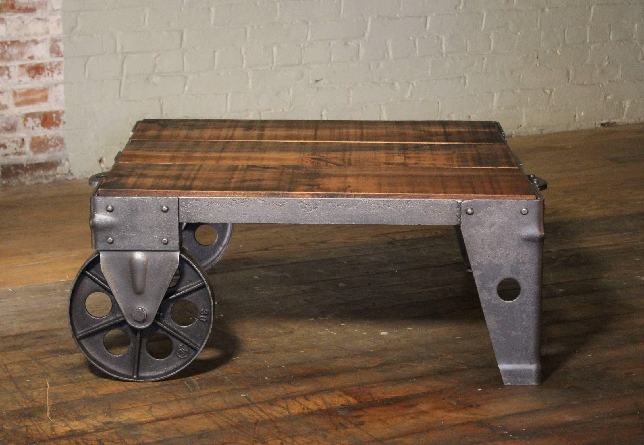 Merveilleux Authentic Vintage Industrial Cart Coffee Table Factory Shop Wood Steel And  Iron For Sale At 1stdibs