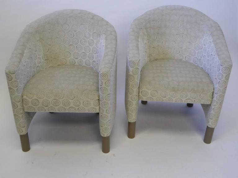 Pair of Club Chairs by Brayton International Collection In Excellent Condition For Sale In Miami, FL