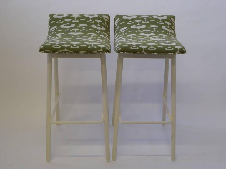 Mid-20th Century Pair of 1950s MCM Curved Seat Bar Stools For Sale