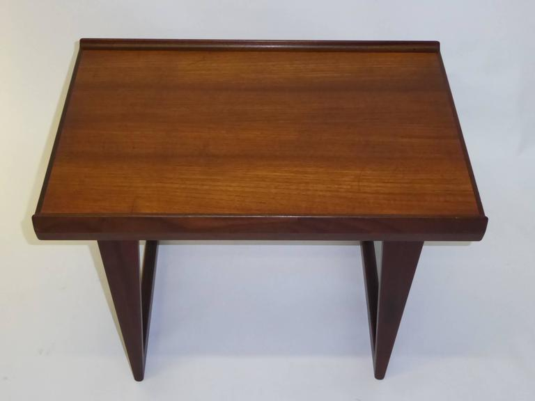 Scandinavian Modern 1960s Peter Løvig Nielsen Teak Fin Edge Coffee Side Table For Sale