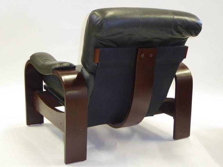 Alvar Aalto Style Dark Green Leather and Bentwood Lounge Chairs For Sale 1