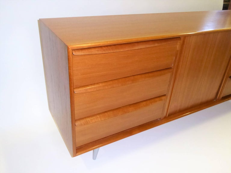 1970s Fine Danish Teak Sideboard Credenza 3