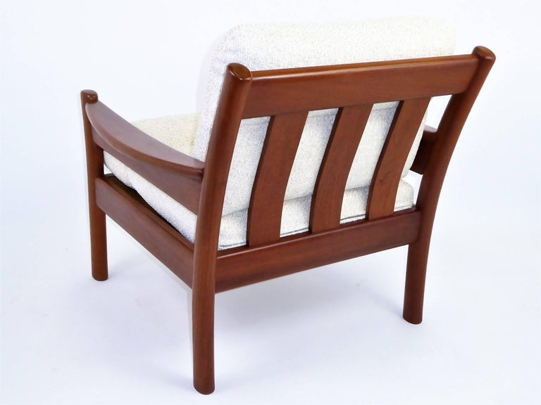 Fine 1960s Dyrlund Teak Lounge Armchair Denmark with Chenille Cushions In Excellent Condition For Sale In Miami, FL