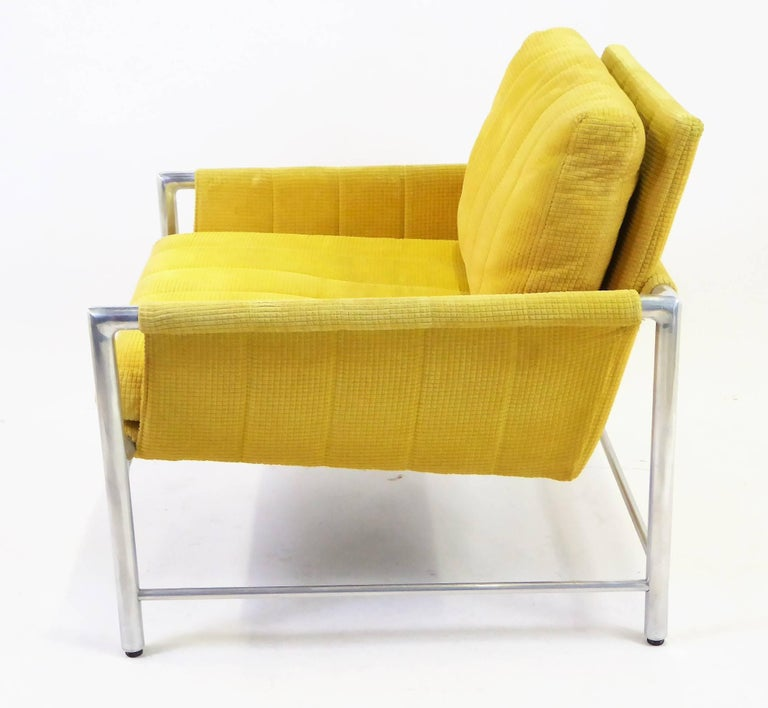 Pair of 1960s Founders Furniture Lounge Chairs in the Style of Harvey Probber In Good Condition For Sale In Miami, FL
