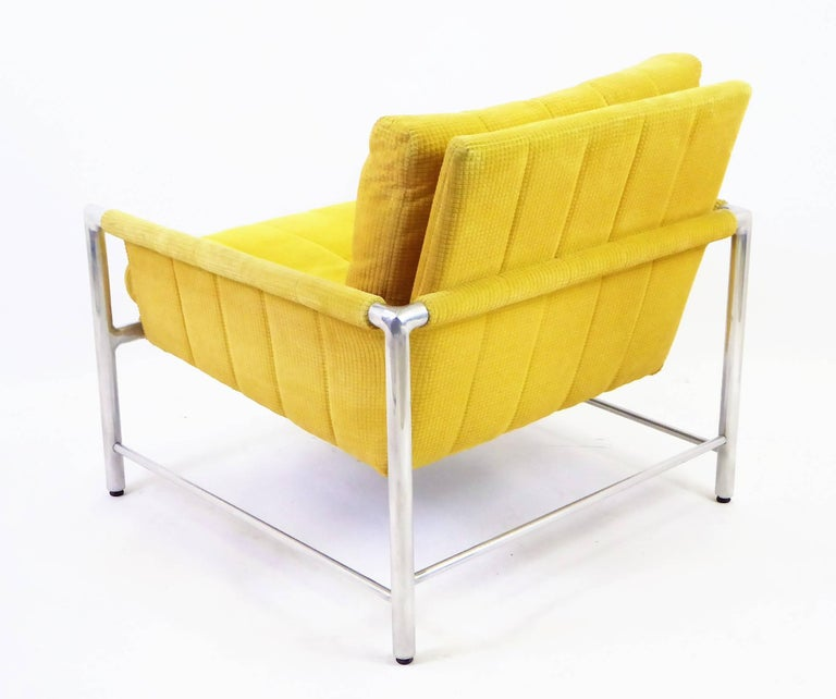 Mid-20th Century Pair of 1960s Founders Furniture Lounge Chairs in the Style of Harvey Probber For Sale