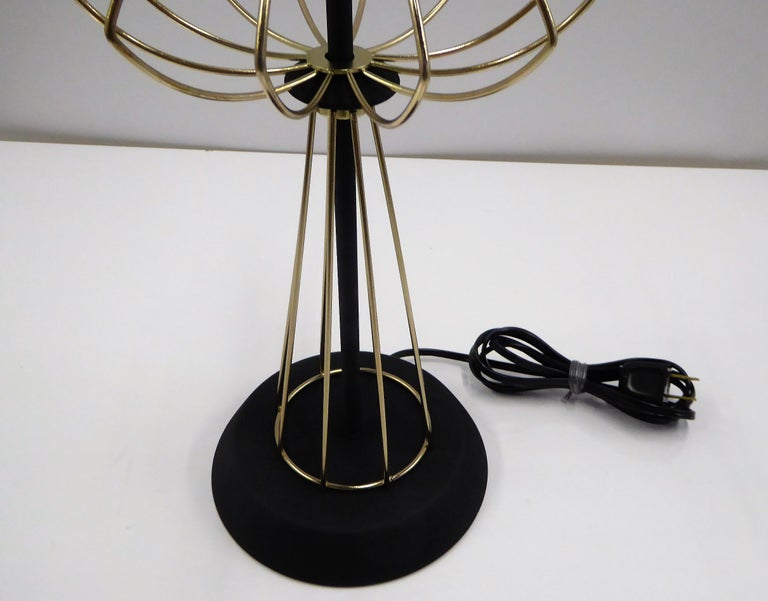 1950s Space Atomic Age Table Lamp Brass and Wood For Sale 3