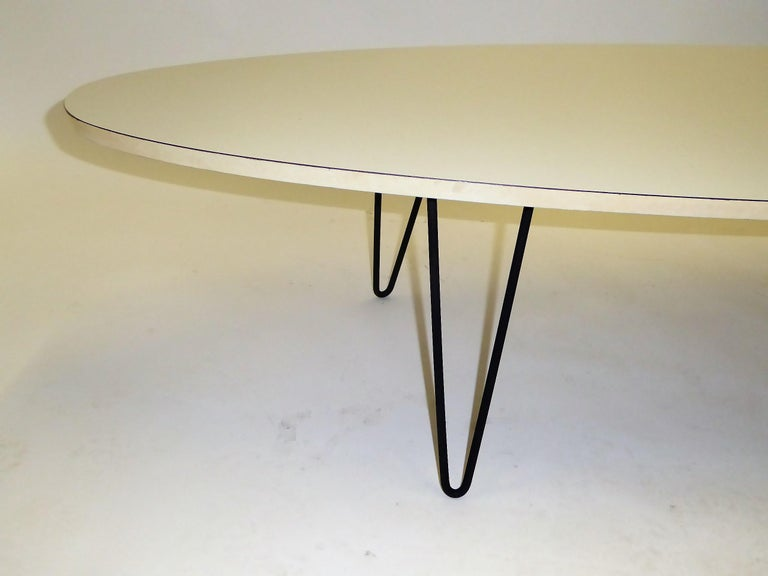 1950s Surfboard Coffee Table on Hairpin Legs Eames Style For Sale 2