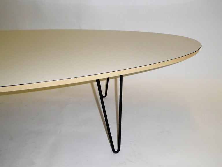 1950s Surfboard Coffee Table on Hairpin Legs Eames Style For Sale 3
