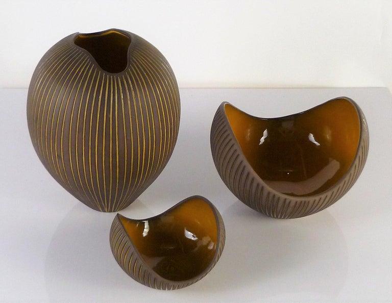 Mid-Century Modern Trio Modern Kokos / Coconuts Vases by Hjordis Oldfors, Upsala-Ekeby, Sweden 1954 For Sale
