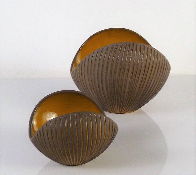 Swedish Trio Modern Kokos / Coconuts Vases by Hjordis Oldfors, Upsala-Ekeby, Sweden 1954 For Sale