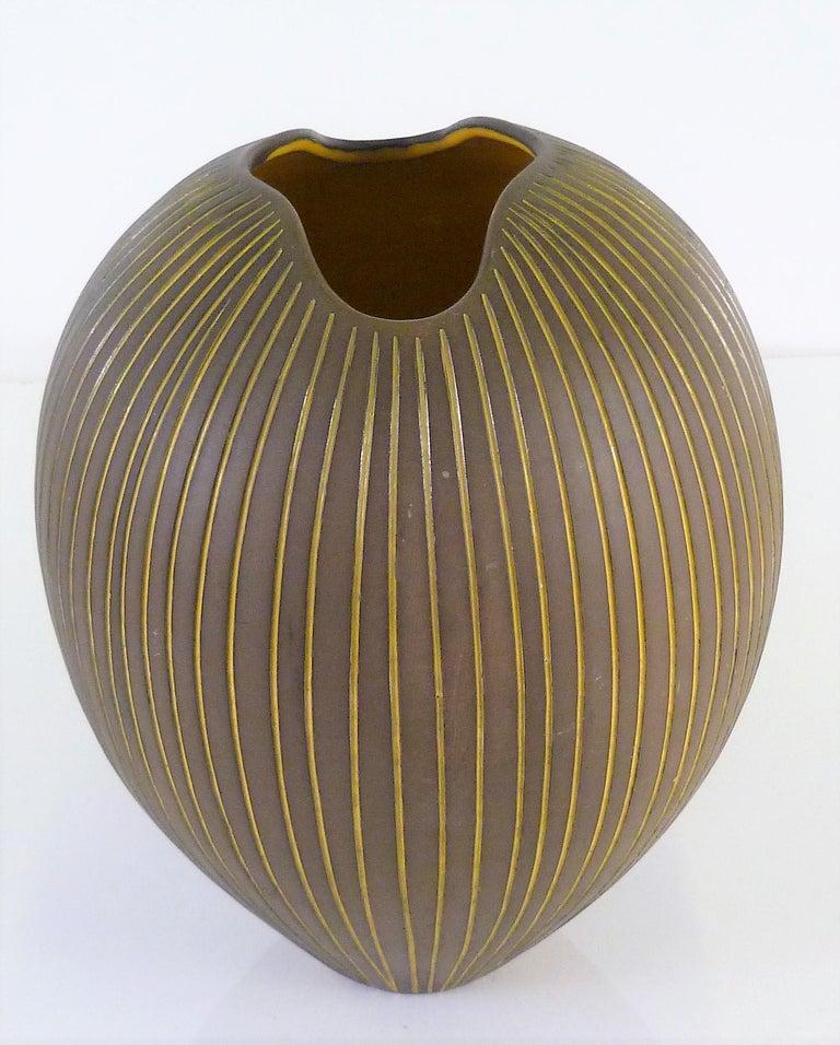 Trio Modern Kokos / Coconuts Vases by Hjordis Oldfors, Upsala-Ekeby, Sweden 1954 For Sale 3