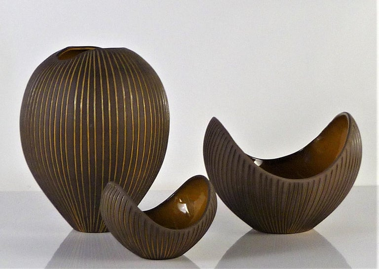 Trio Modern Kokos / Coconuts Vases by Hjordis Oldfors, Upsala-Ekeby, Sweden 1954 For Sale 5