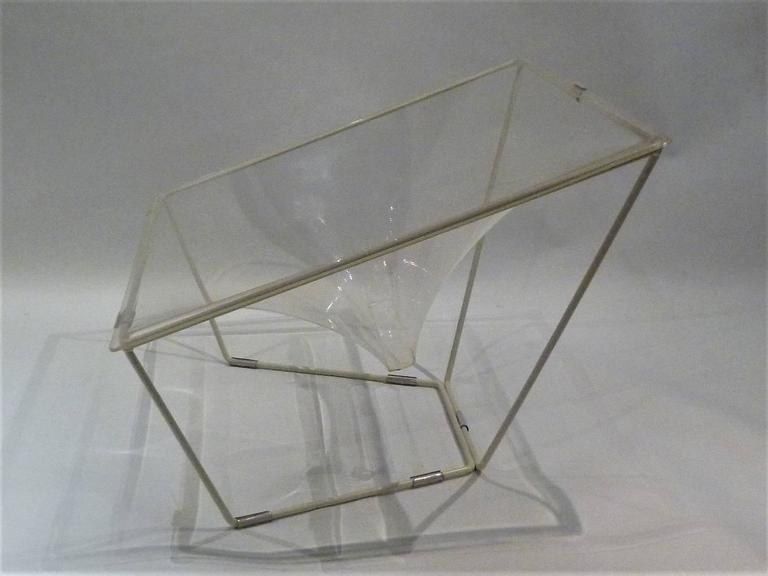 """""""Contour"""" Modern Transparent Acrylic Lounge Chair by David Colwell, 1968 3"""