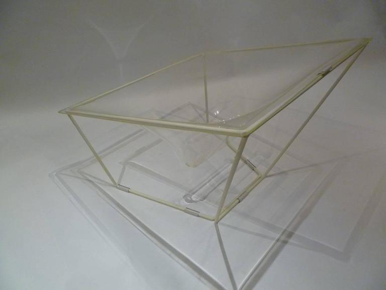 "Mid-20th Century ""Contour"" Modern Transparent Acrylic Lounge Chair by David Colwell, 1968 For Sale"