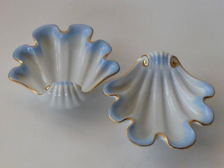 Art Deco Pair of Herend Hungary Modern Shell Porcelain Vessels, 1939 For Sale
