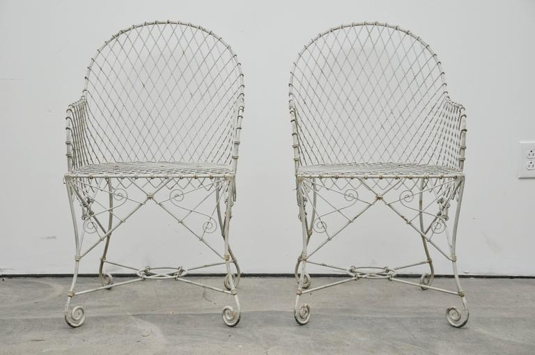 Pair of Wire Chairs In Excellent Condition For Sale In Geneva, IL