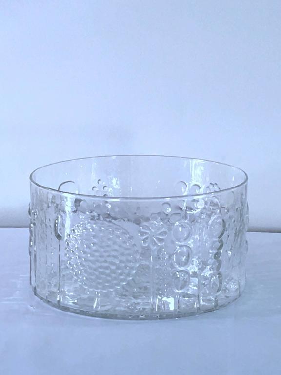 Scandinavian Modern Large Art Glass Bowl by Oiva Toikka for Iittala, Finland For Sale