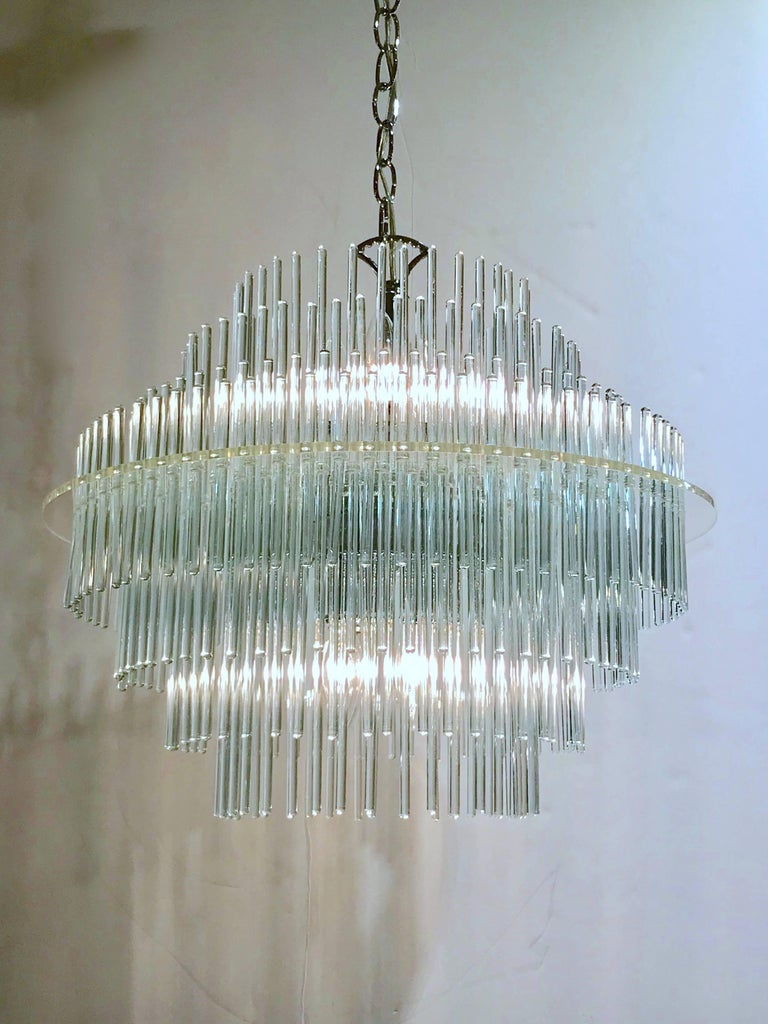 Chandelier by Gaetano Sciolari In Good Condition For Sale In New York, NY