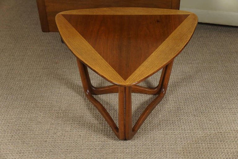 Late 20th Century Pair of Triangular Wood End Tables For Sale