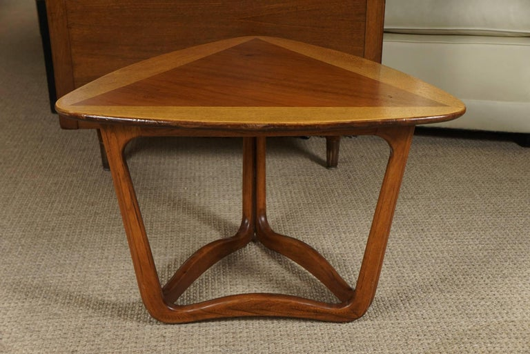 Pair of Triangular Wood End Tables 8