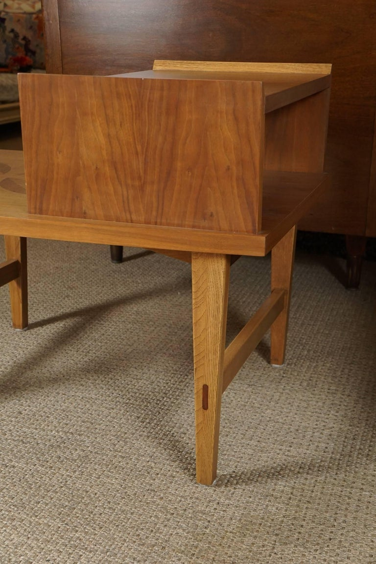 Mid-20th Century Pair of Stepped End Tables in Maple For Sale