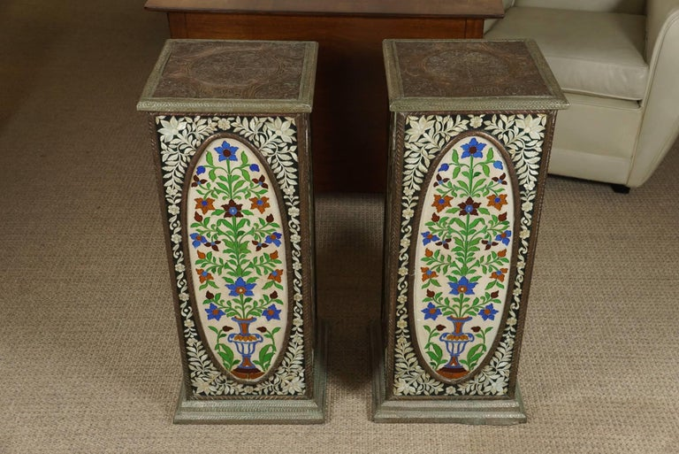 Pair of Pedestals with Glass Flower Medallion  3