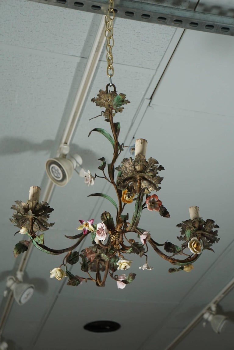 Tole Flower Bouquet Chandeliers 3